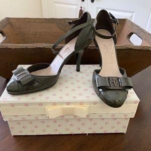 Ferregamo shoes size 6.